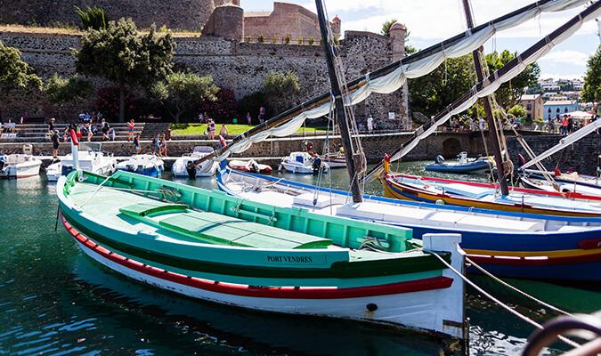 bateaux dans le port de Collioure